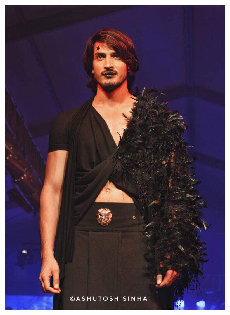 9 Models Wearing Designer Rohit Verma Grave Yard Collection At India Luxury Style Week 3 Bolly Newz