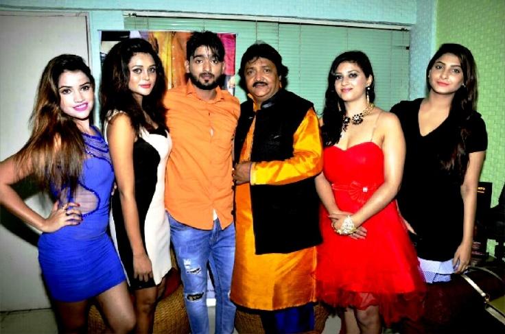 Jass Bhalse,Agni Pawar,Sikander Khan,Rajdeep,Anu Priya,sagarika at recording of film 'Rehemdil Kaatil', Andheri,Mumbai (1)