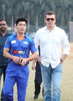 Dillzan Wadia and Aditya Pancholi at a cricket match between Boxy Boyz Celebrity XI & Specially Abled India XI at Goregon Sports Club