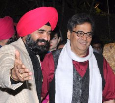 Charan Singh Sapra President Punjabi Cultural Heritage Board welcomes Subhash Ghai on the occassion of LOHRI in Mumbai-1