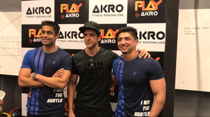 Ketan Mavinkurve ,Hrithik Roshan & Mustafa Ahmed at AKRO..-1.jpg