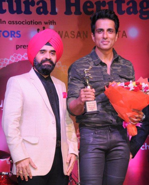 Punjabi Cultural Heritage Board, President Charan Singh Sapra, Felicitated Bollywood Star Sonu Sood on the ocassion of LOHRI at Mumbai-1