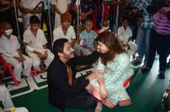 Shreyas Talpade Celebrate Valentine's Day at TATA Memorial Hospital 2