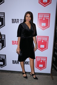 Candice Pinto spotted at an exclusive event hosted by Restaurateur Mihir Desai and Kedar Gawade at Bar Bank in Juhu (3)