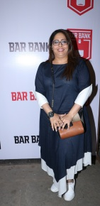 Geeta Kapur spotted at an exclusive event hosted by Restaurateur Mihir Desai and Kedar Gawade at Bar Bank in Juhu (1)