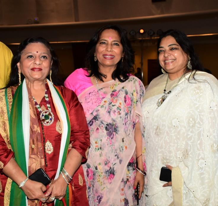 Manju Lodha, Abha Singh and Sangeeta Murarka at Ample Missiion's Shoorveer Awards & Bharat Prerna Awards 2019